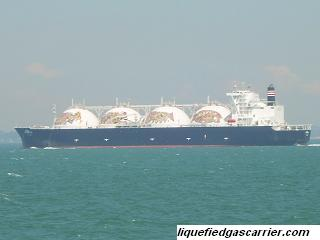 Gas carrier sea passage